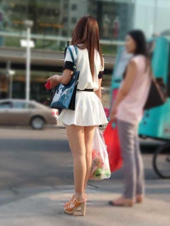 【美脚エロ】長い脚のキレイなお姉さんのエロ画像だけください。(110枚)・32枚目