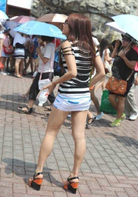 【美脚エロ】長い脚のキレイなお姉さんのエロ画像だけください。(110枚)・46枚目