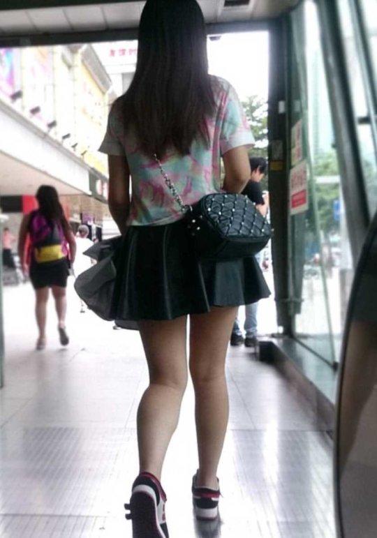 【美脚エロ】長い脚のキレイなお姉さんのエロ画像だけください。(110枚)・48枚目