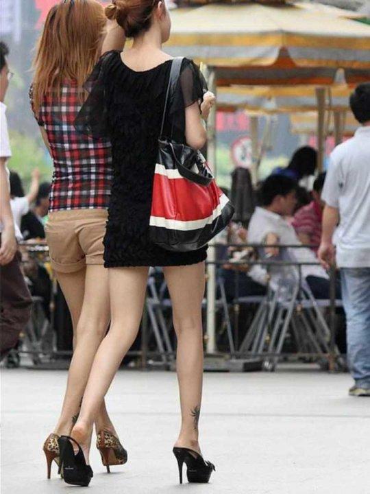 【美脚エロ】長い脚のキレイなお姉さんのエロ画像だけください。(110枚)・67枚目