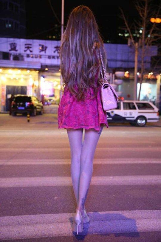 【美脚エロ】長い脚のキレイなお姉さんのエロ画像だけください。(110枚)・69枚目