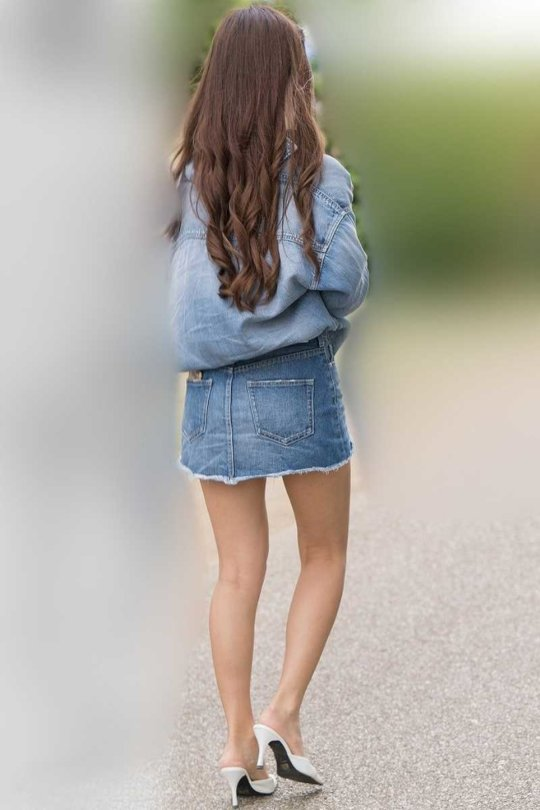 【美脚エロ】長い脚のキレイなお姉さんのエロ画像だけください。(110枚)・83枚目