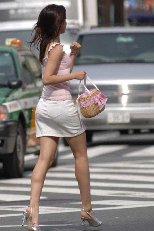 【美脚エロ】長い脚のキレイなお姉さんのエロ画像だけください。(110枚)・85枚目