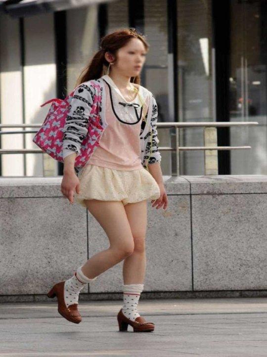 【美脚エロ】長い脚のキレイなお姉さんのエロ画像だけください。(110枚)・90枚目