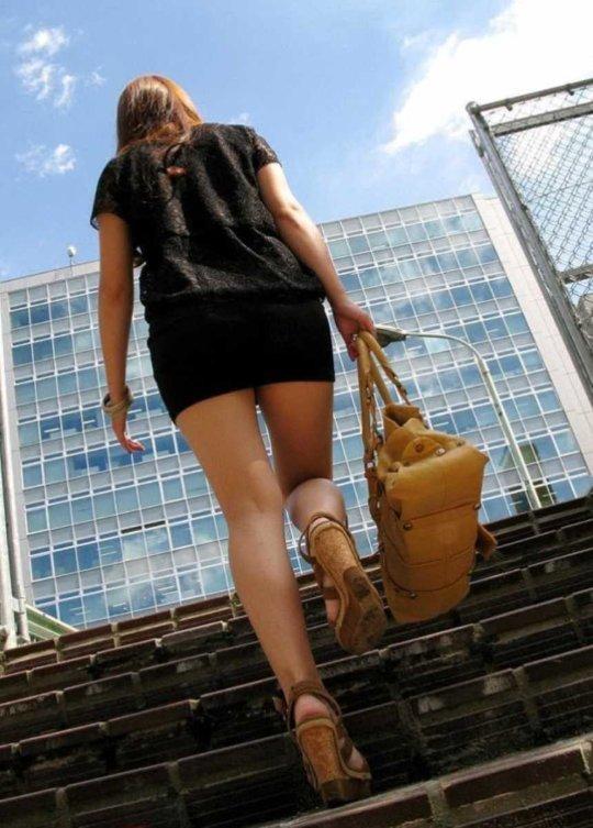 【美脚エロ】長い脚のキレイなお姉さんのエロ画像だけください。(110枚)・97枚目