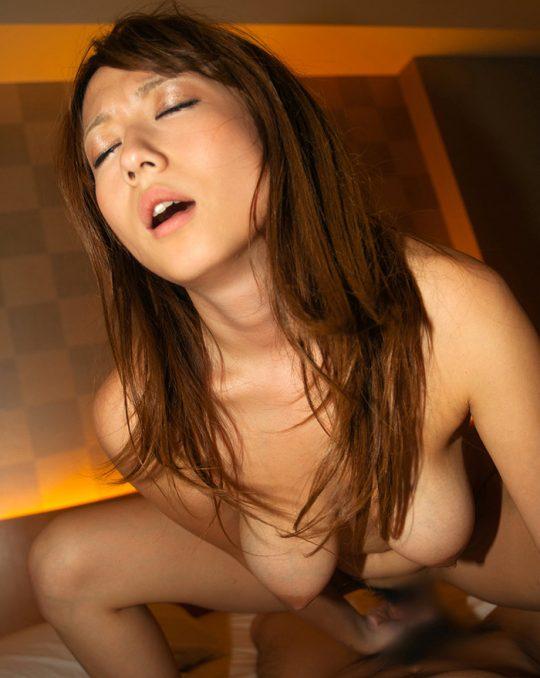 【セックス画像】これは抜けるエロ画像だけまとめたスレはこちらwwwwww・13枚目