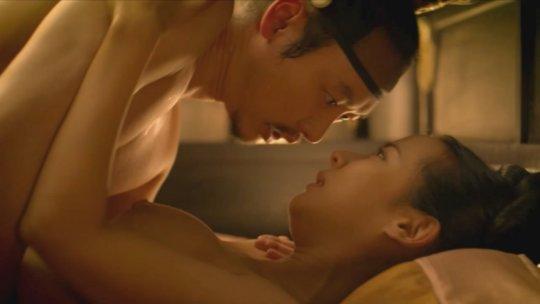 パラサイト(映画)の女優チョ・ヨジョンの濡れ場シーン。(30枚)・8枚目