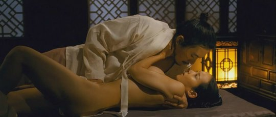 パラサイト(映画)の女優チョ・ヨジョンの濡れ場シーン。(30枚)・15枚目
