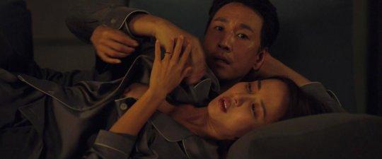 パラサイト(映画)の女優チョ・ヨジョンの濡れ場シーン。(30枚)・25枚目