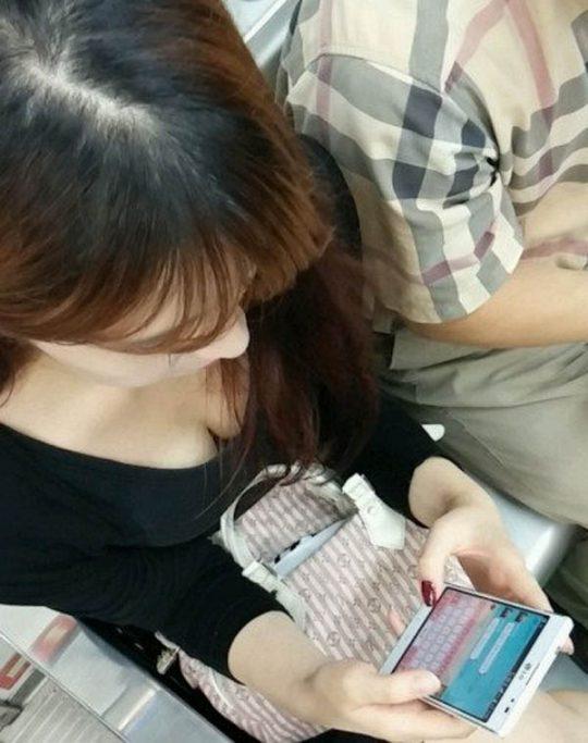 """【おっぱい画像】盗撮された完璧すぎる""""巨乳""""が勃起不可避すぎた…(129枚)・30枚目"""