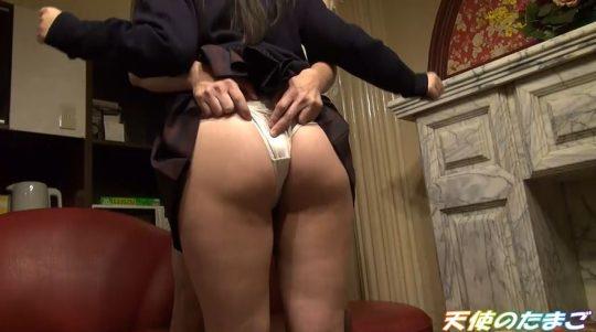 【制服JK】金貰ってセックスするくせにパンツ見られて恥ずかしがる美少女JK!!・11枚目